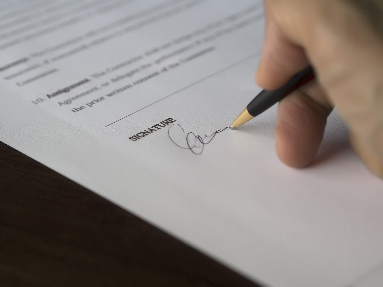 How to Read an Apartment Lease